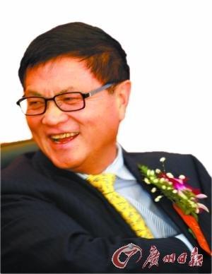 全国政协委员董文标 :银行可承受房价跌三成