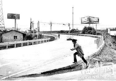 南港大桥交通事故频发 8日起将临时管制