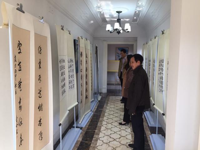 陈冠雄师生书画主题展厦门开幕 欲唤醒年轻人国学记忆