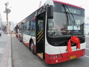 从洛阳市万达广场附近几路公交车到洛一高新校区