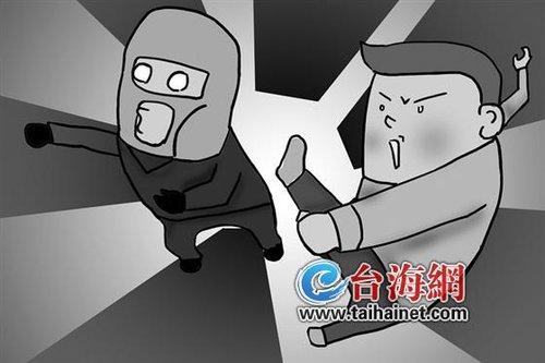 """女同学被盗 高三""""功夫男生""""跆拳道一招擒贼图片"""