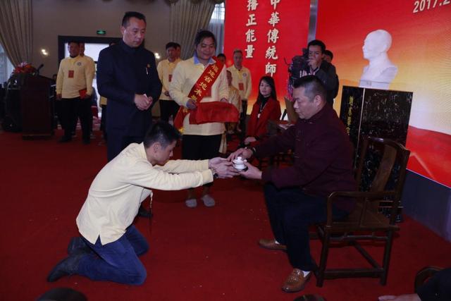 地术拳宗师陈依九塑像揭幕 榕举行开年首场武术传承礼