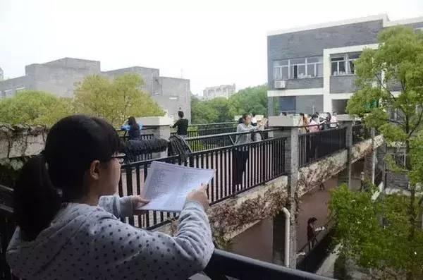 有一种风景 叫高考生在拼!