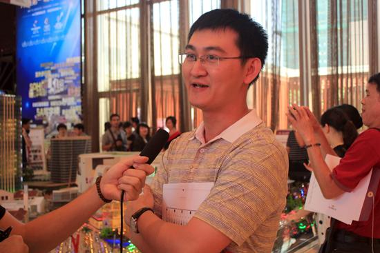 """东二环泰禾广场深夜""""被开盘"""",1小时清盘!"""