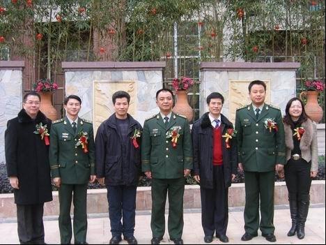 福晟集团与武警福建总队直属支队签约