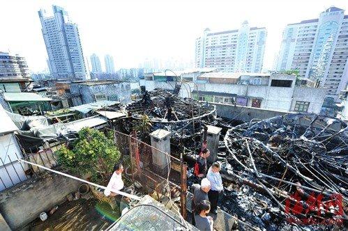 天台违建、楼道堆纸箱、消防栓没水 火起楼顶