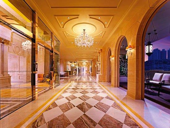 见证经典建筑身价非凡 鉴赏皇室珍品耀目闪烁