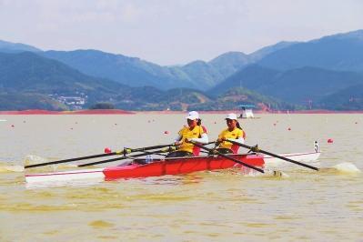翠屏湖上斩碧波 省运会赛艇项目开赛