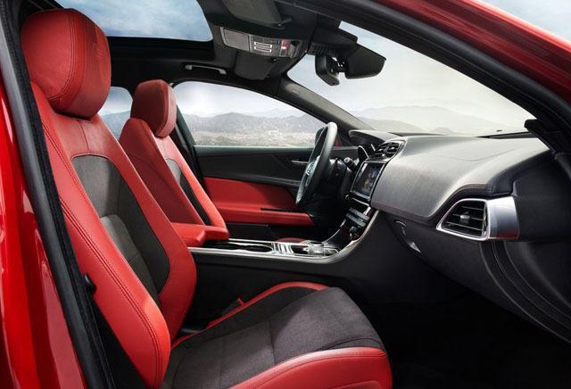 为此同样采用后驱设定的全新xe专门使用了捷豹新一代的iq模块化智能