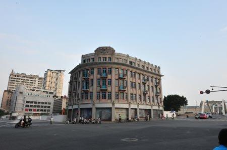 台江南星澡堂 将成高档温泉会所 2012年建成