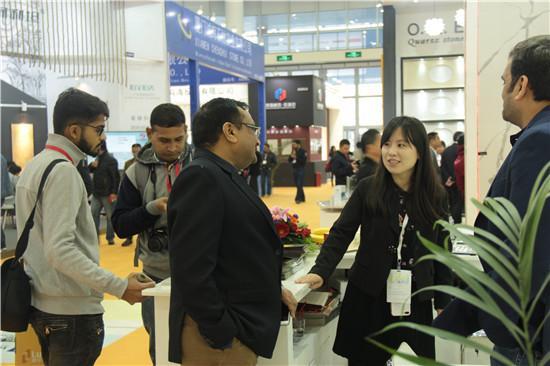 【金凤凰】全球首创世界级科技新材 开辟行业新品类