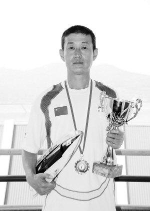 林沁如人体写真_2012航海模型动力艇世界杯 双十13岁男生摘铜