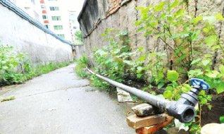 60米水管被盗 榕20多户人急盼恢复供水