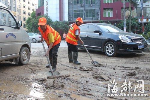 福厦停运动车恢复运行 莆田投入灾后恢复工作