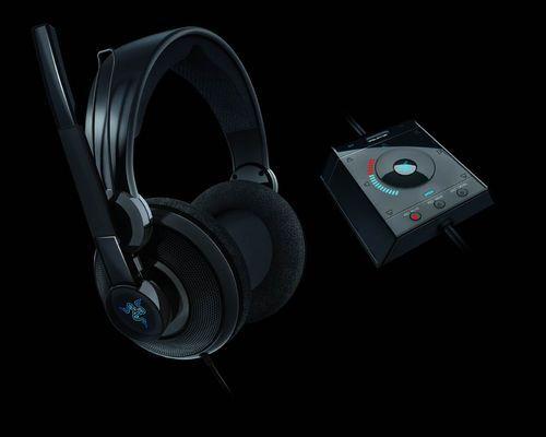 Razer巨齿鲨7.1声道游戏耳机上市