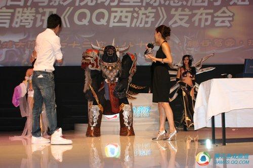 美女影星陈意涵签名代言《QQ西游》