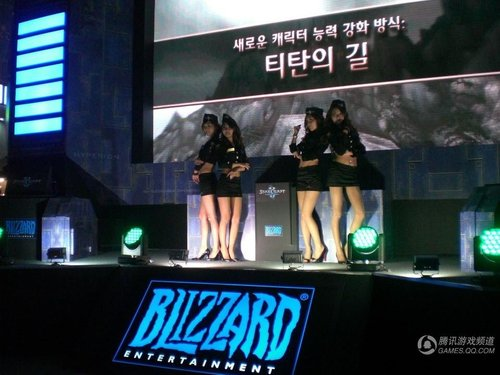 Gstar游戏展Showgirl:星际2性感女兵