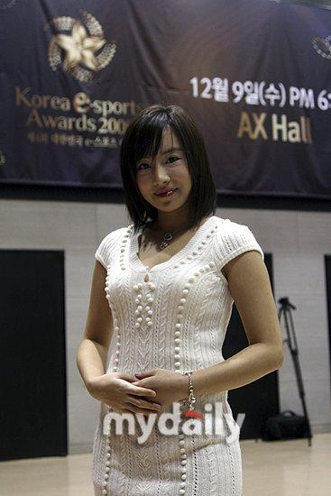 韩国三级2018理论重口味国产偷拍色情15p.(图7)