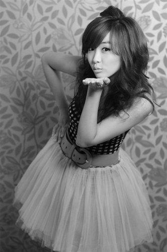 访2010《穿越火线》美女主播冠军香香