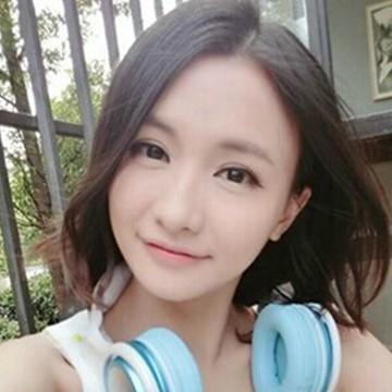 3. Miss(韩懿莹)   ■直播观众: 最早一批的草根LOL解说,直播未