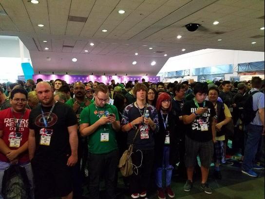 E3开展前5分钟,等待进场的人们