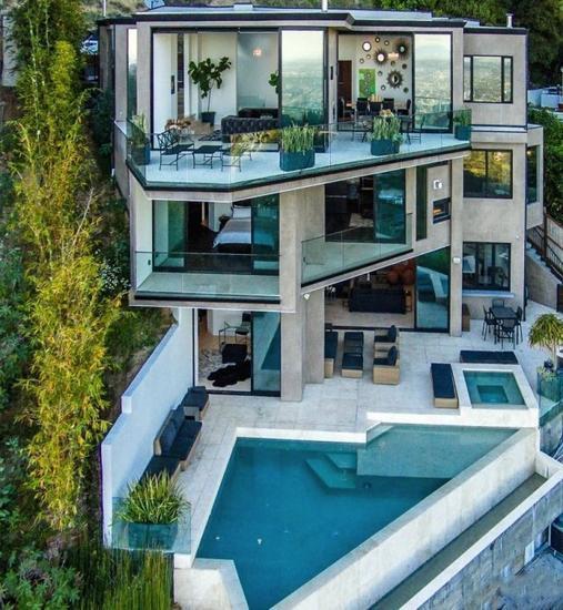 我的世界游戏主播斥资450万美元购豪宅 年仅23岁