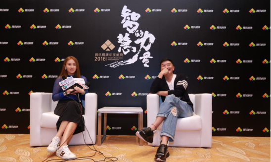 专访邵峰、孟瑶:杀青时打德扑比赛 想重演《赌圣》