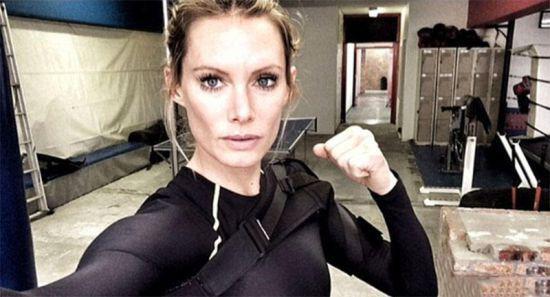 生化危机6受伤女演员需截肢