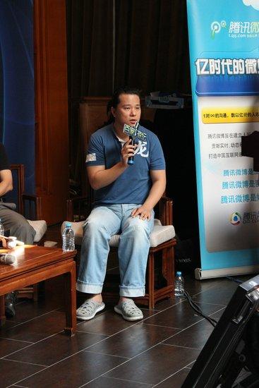 天神互动CEO朱晔:向征途2制作人纪学峰取经