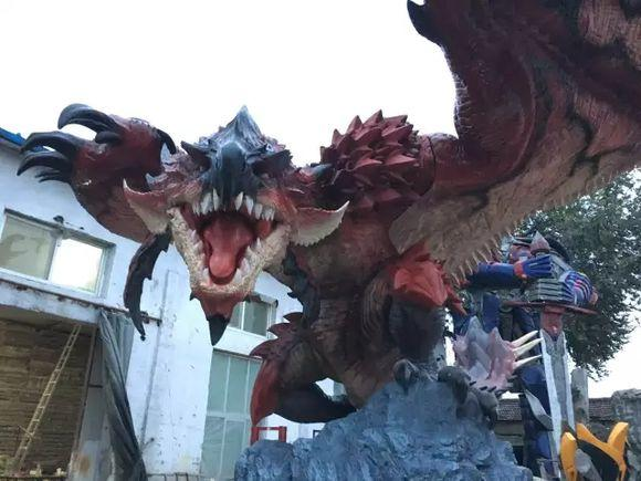 艺术的瑰宝 怪物猎人ol巨龙雕塑亮相TGC