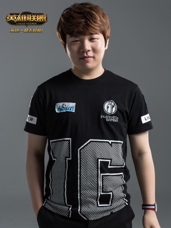 IG战队中单选手Rookie