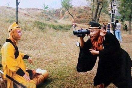 洋葱新闻:86版西游记导演去世 拿什么拯救他们的童年?