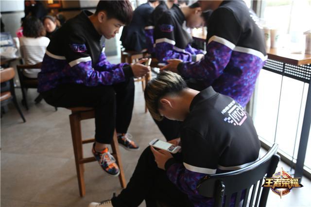 YTG战队最新采访,先稳八强剑指总决赛!