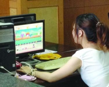 湖北女子玩网游太晚 被丈夫用菜刀割喉身亡