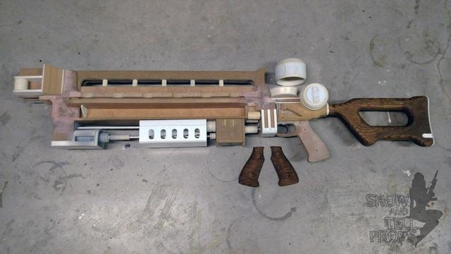 《辐射4》玩家手工打造高斯枪_九五至尊iii_www.jwzz6