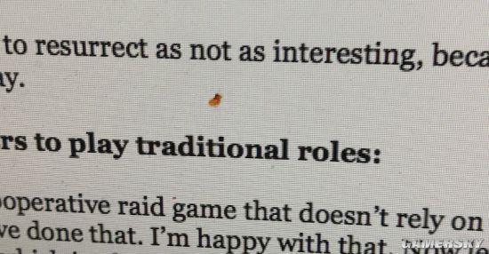 因为手贱拍死了只虫子 这名游戏编辑想死的心都有了