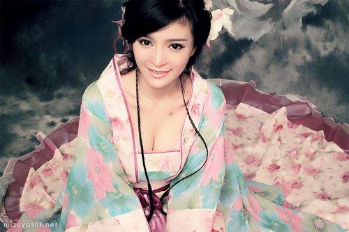 日语美女休闲健身