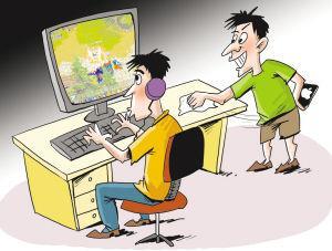 两男子网吧提醒顾客掉钱了 趁他人捡钱时偷手机