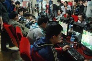 他们为全中国的网吧更新游戏:每天100款