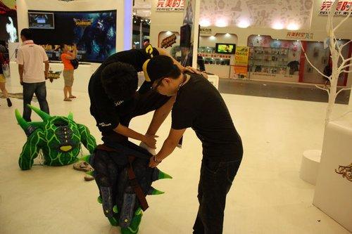 CHINAJOY最囧coser 绿巨人雷翻全场