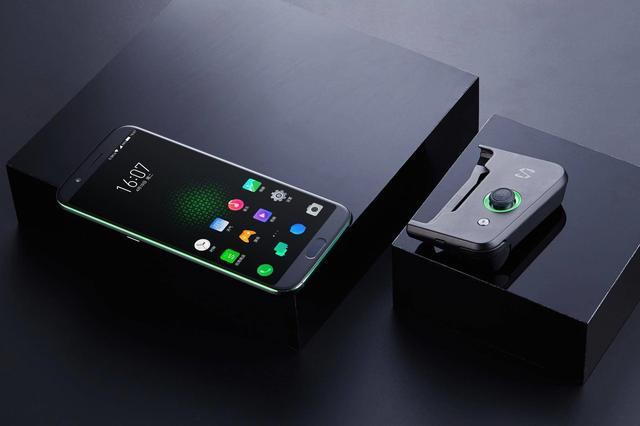 黑鲨首创手机游戏AI,这些独有的吊炸天功能你