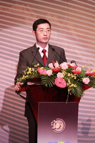 网龙网络有限公司首席执行官刘德建先生