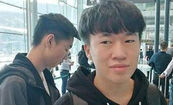 玩家机场偶遇RNG 小虎:一定拿下SKT