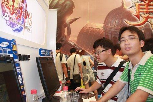 久游页游chinajoy展台玩家百态七连拍