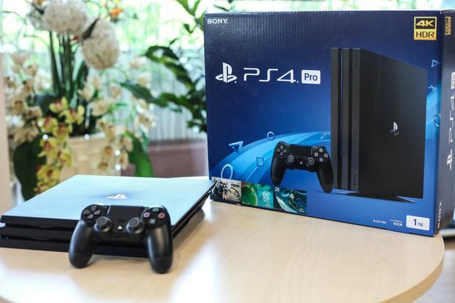 霸悍性能成就4K视觉 国行PS4 Pro开箱