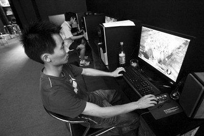 游戏代练一月倒欠1500元 玩家容易成免费劳力