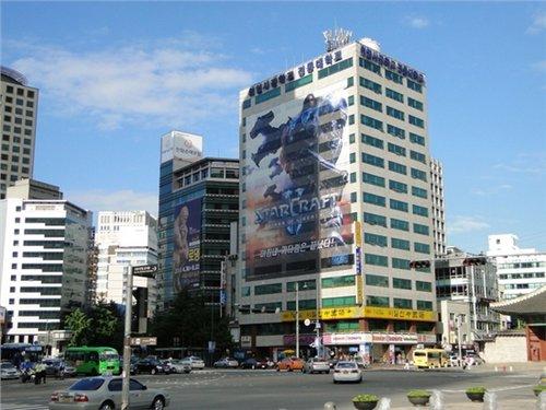 《星际争霸2》广告登陆韩国高楼大厦