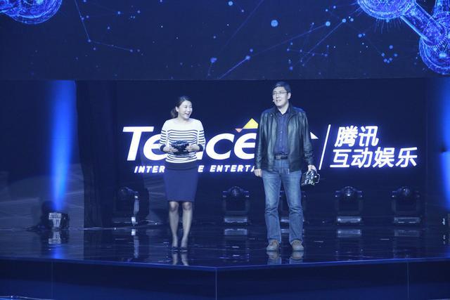 科幻大神刘慈欣新作发布 为雷霆战机打造全新世界观
