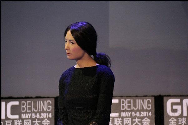 日本美女机器人