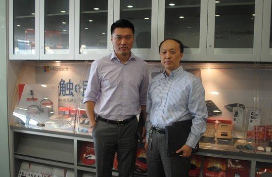 微软副总裁谢恩伟(左),微软技术顾问总监赵立威(右)